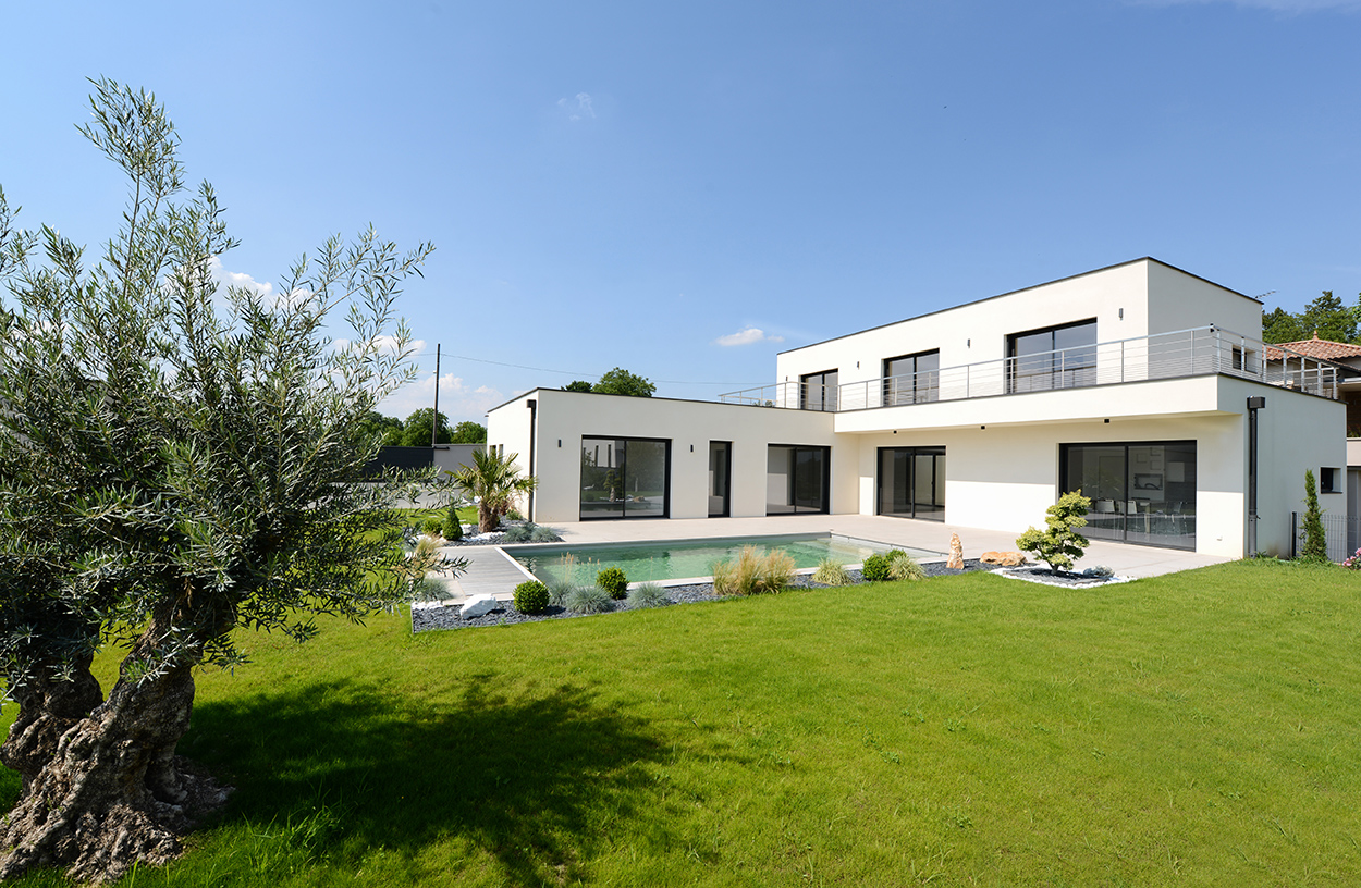 Constructeur maison contemporaine lyon avec jardin for Plan de maison contemporaine en l