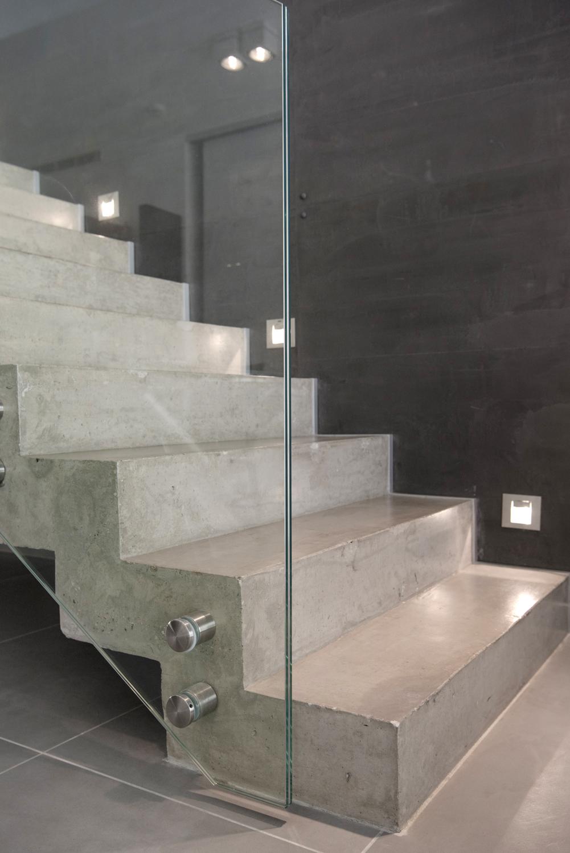 Escalier Interieur Beton Design escalier béton maison constructeur lyon | photos intérieurs